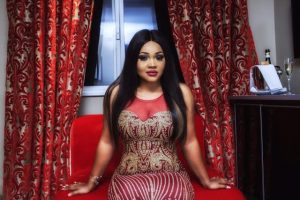 mercy-aigbe-stuns-in-london2